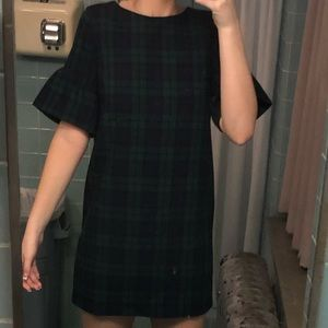 Green Plaid VineYard Vines Dress!